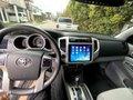 Toyota Tacoma 2013 4x4 mint condition -3