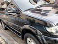 2016 BLACK ISUZU XUV AUTOMATIC DIESEL LOW MILEAGE 21,500 KMS 1ST OWNED- LADY DRIVER-1
