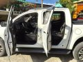 Sell White 2017 Chevrolet Colorado Truck at Automatic in  at 47000 in Gapan-3