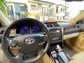Pearl White Toyota Camry 2017-2