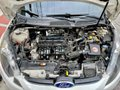 White Ford Fiesta 2013 -0