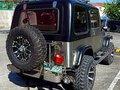 Selling  Jeep Wrangler 2001 SUV -2