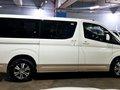 2020 Toyota HiAce GL Grandia 2.8L DSL AT Luxury Pearl Toning-17