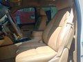 White 2012 Chevrolet Suburban   for sale-21
