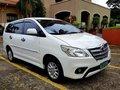 Selling Pearl White Toyota Innova 2013 in Mandaluyong-6