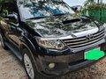 Black Toyota Fortuner 2013 for sale in Mandaue-4