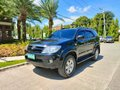 Pre-owned Black 2009 Toyota Fortuner  for sale-3