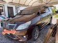 Brown Toyota Innova 2013 for sale in Davao-1