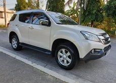 Selling 2nd Hand Isuzu Mu-X 2016 Automatic Diesel at 30000 km