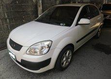 Selling Used Kia Rio 2011 at 105000 km in Makati
