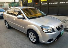Selling Silver 2011 Kia Rio Automatic in Makati