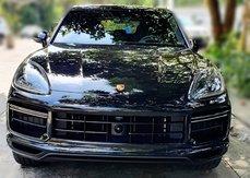 Brand new 2021 Porsche Cayenne Turbo V8