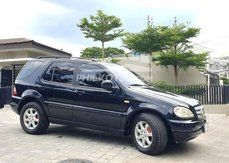 Black 2004 Mercedes-Benz M-Class Wagon for sale