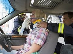 Driving with injured person: 6 essential tips to follow