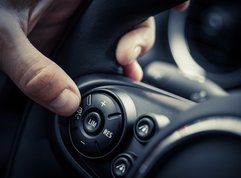 Dos and Don'ts you must know when using cruise control