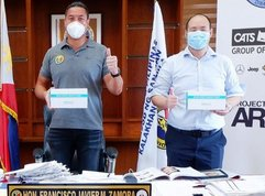 Taguig, San Juan receive rapid test kits from Auto Nation Group