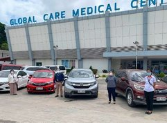 Honda Cars PH takes care of Laguna, Cavite frontliners with vehicle lend outs