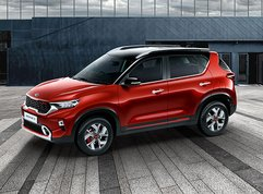 2021 Kia Sonet is a pint-sized dinky with diesel, clutchless 6-speed MT