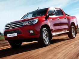 Toyota Hilux Invincible (2016): A tough workhorse and a true go-anywhere