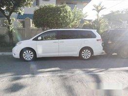 2012 toyota sienna xle mini van for sale