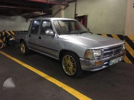 Toyota Hilux 1993 4X2 Silver MT For Sale