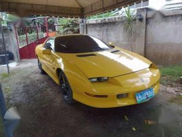 Chevrolet Camaro 2005 V6 Yellow AT For Sale