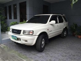 Isuzu Wizard 1998 AT White SUV For Sale
