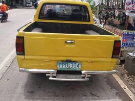 Mazda b2200 truck yellow for sale