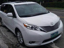 For sale Toyota Sienna 2012