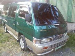 Re-price Nissan urvan escapade 02.