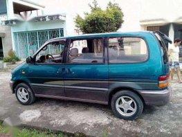Nissan Serena VAn blue for sale