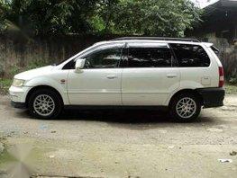 Mitsubishi Grandis AT