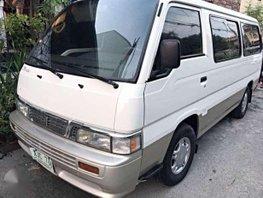 Urvan Escapade 2003 2002 2001 Nissan Hiace