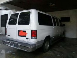 Good Running Condition 2000 Ford E-150 AT For Sale