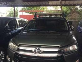 Toyota Innova 2.8 E Automatic Green For Sale