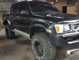 Well-maintained Toyota Hilux 1994 for sale