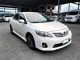 Toyota Corolla 2011 Gasoline Automatic White for sale