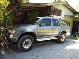 For sale Toyota Hilux surf 4x4 limited edition 1998