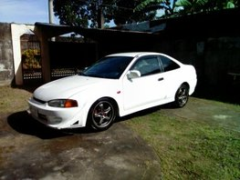 Well-maintained Mitsubishi Lancer 1998 for sale