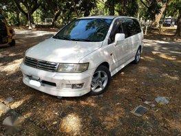 Mitsubishi Grandis Chariot 2003 FOR SALE
