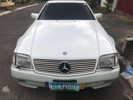 Like New Mercedes Benz SL 500 for sale