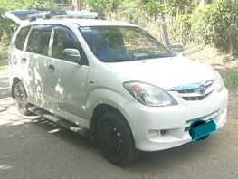 Well maintained Toyota Avanza J manual 2011 for sale