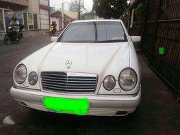 Mercedez Benz E 240 FOR SALE