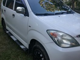 Well maintained Toyota Avanza J 2011 manual
