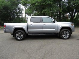 2016 Toyota Tacoma Limited for sale