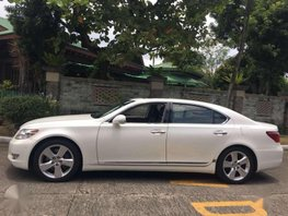 2013 Lexus LS460L fully loaded local for sale