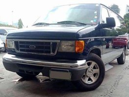 2005 Ford E150 AT 10str LEATHER