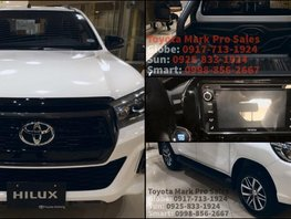Sell White 2019 Toyota Hilux Truck in Las Pinas