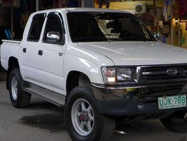 1998 Toyota Hilux 4X4 30L Very good condition