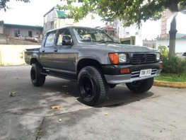 95 Toyota Hilux LN106 4x4 FOR SALE